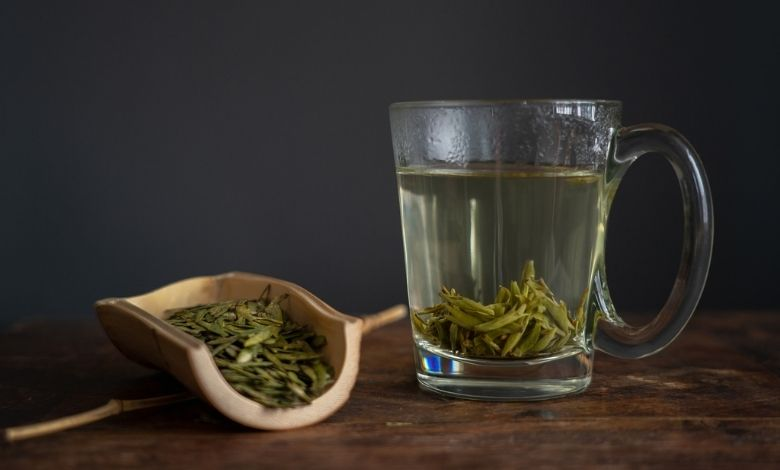 В Китае говорят, что чашка лунцзина в день избавит вас от посещения врачей