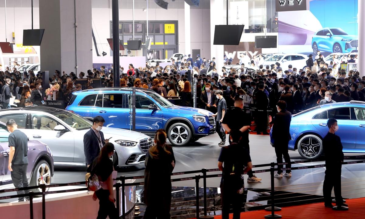 Китайский рынок электромобилей переполняется роскошными конкурентами