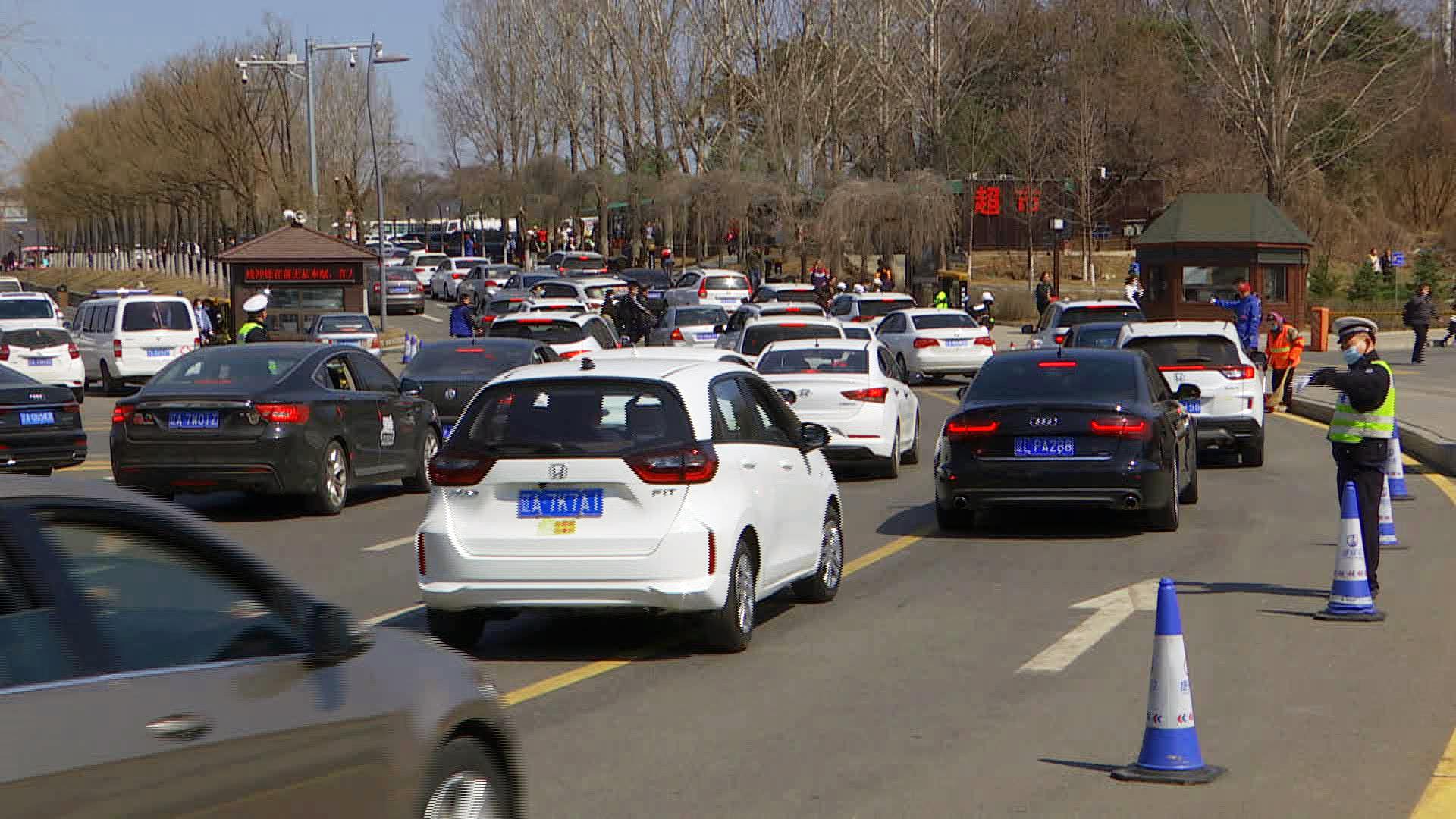 Восстановление туризма: самостоятельные туры помогают китайскому туристическому сектору набирать обороты